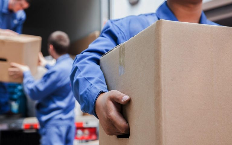 local movers near milwaukee, movers in milwaukee, mr mover
